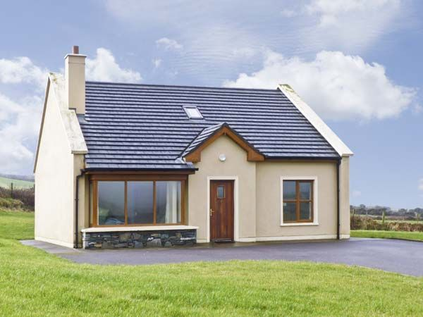 No. 8 Dingle Peninsula Cottage photo 1
