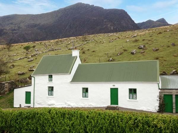 Loch Cruite Cottage photo 1